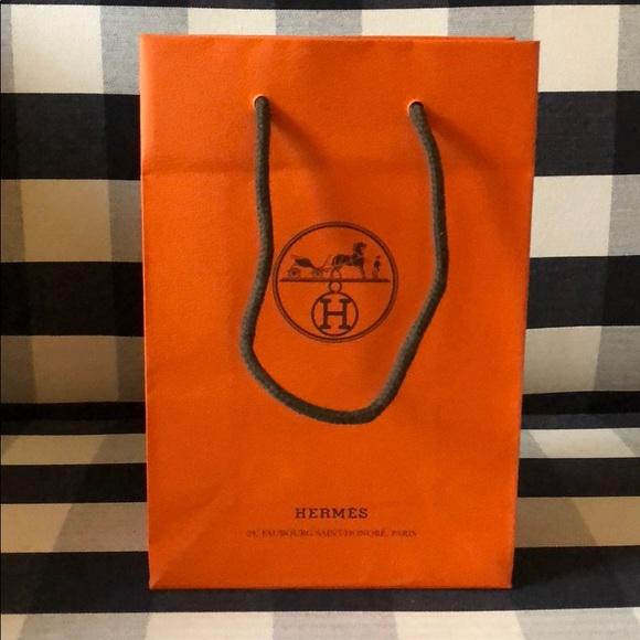 """Hermes Handbags - Hermès shopping bag - new!! 9"""" x 6"""""""